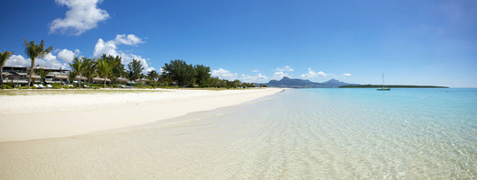 Luxury Mauritius apartments beside white-sand beaches