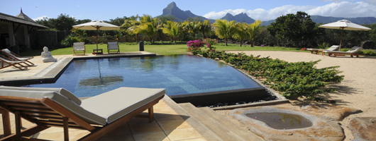 Just2Mauritius offers hand-picked 4-star hotels in Mauritius