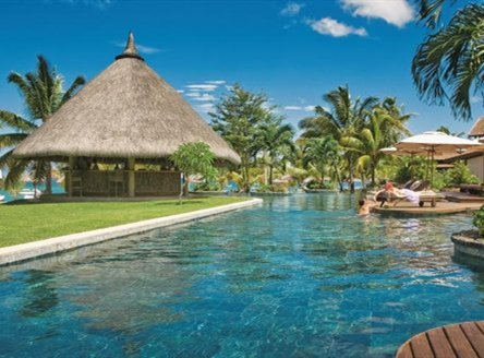 LUX* Le Morne for a romantic honeymoon in Mauritius