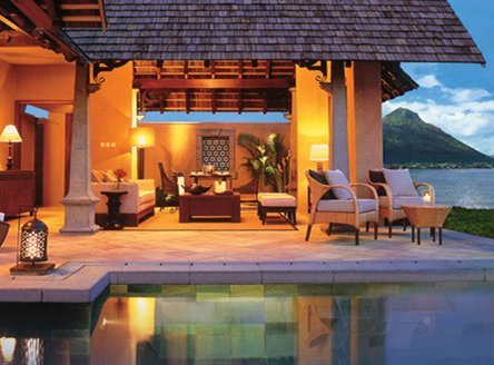 Five-star deluxe hotels in Mauritius