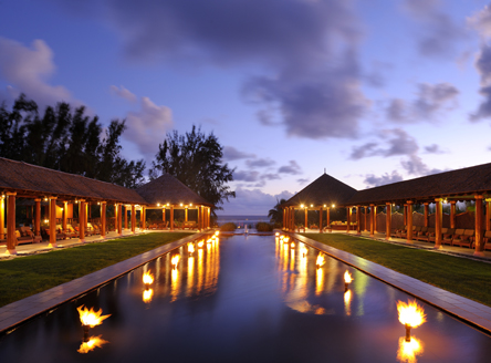 Lemongrass by night at Outrigger Mauritius