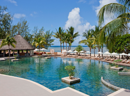 Outrigger mauritius beach resort 5 mauritius hotel for Swimming pool mauritius