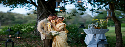 Mauritius wedding ceremonies can have garden or beach settings