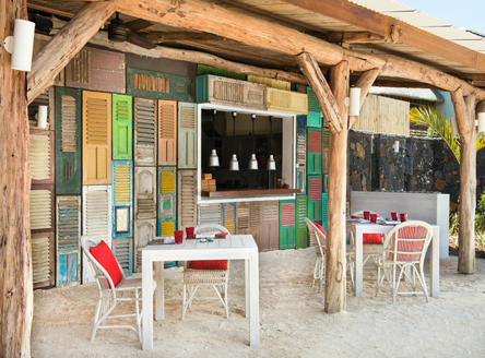 Lor Disab restaurant for superb a la carte lunch & dinner on the beach